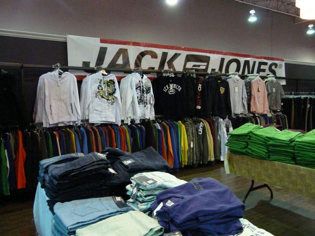 Men clothing - Kaporal, Jack&Jones, Ecko Unltd. and more!