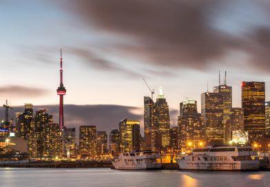 8 Activities to Enjoy Toronto on a Budget